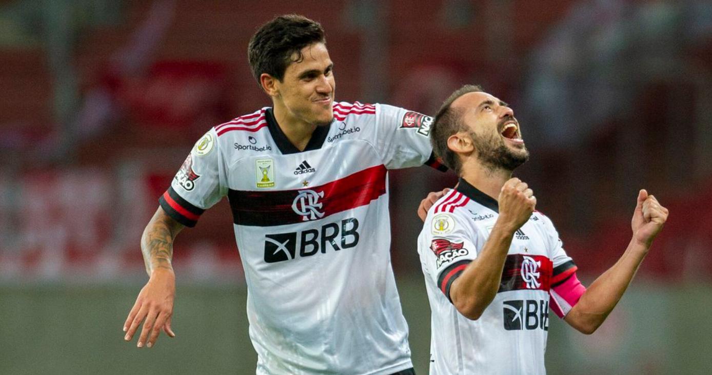 Nos acréscimos, Flamengo empata com Internacional no Beira-Rio